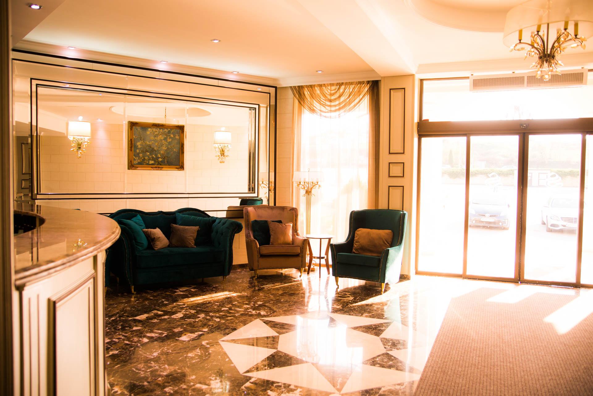 Receptie Camere Hotel Sandoria