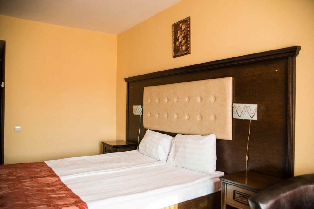 Camera Matrimoniala Hotel Sandoria